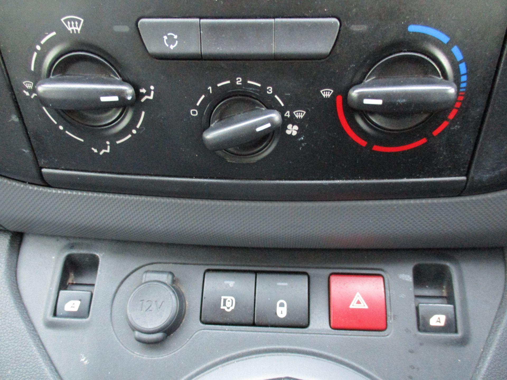 2016 Peugeot Partner 850 S 1.6 Hdi 92 Van [Sld] (NU66AVG) Image 21