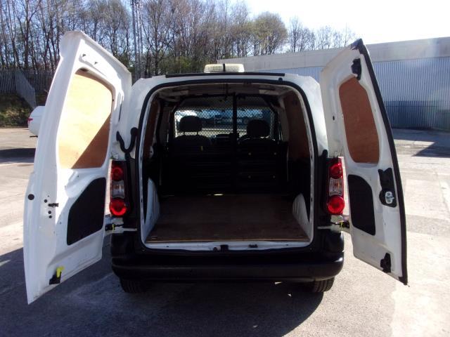 2016 Peugeot Partner 850 S 1.6 Hdi 92 Van [Sld] (NU66AWM) Image 18