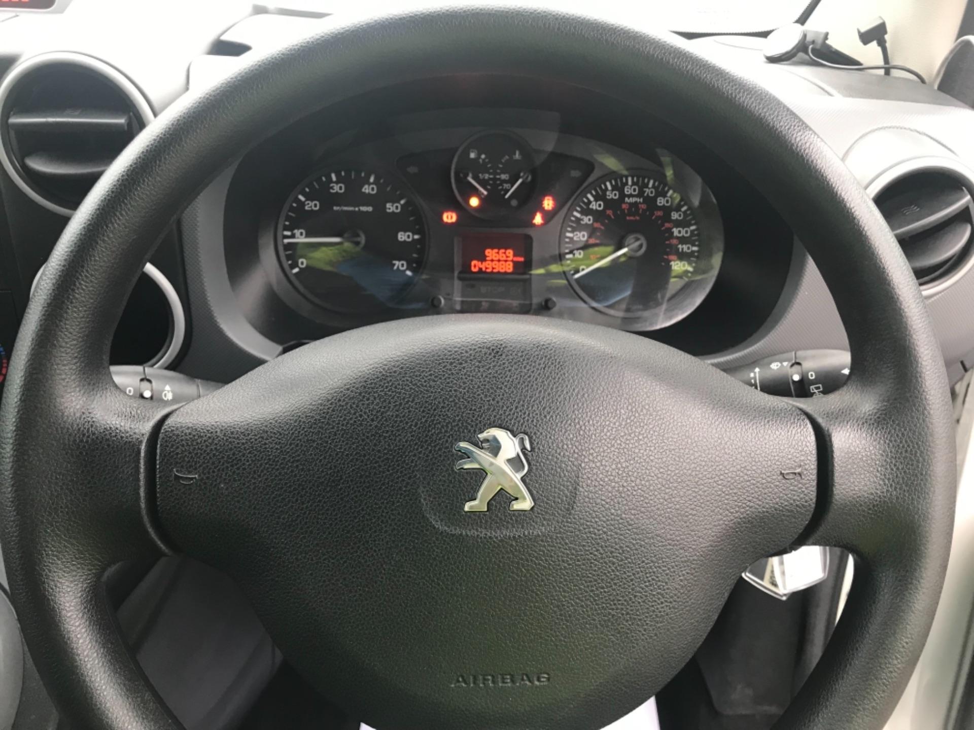 2016 Peugeot Partner  L2 715 S 1.6 BLUEHDI 100 CREW VAN EURO 6 (NU66GGV) Image 20