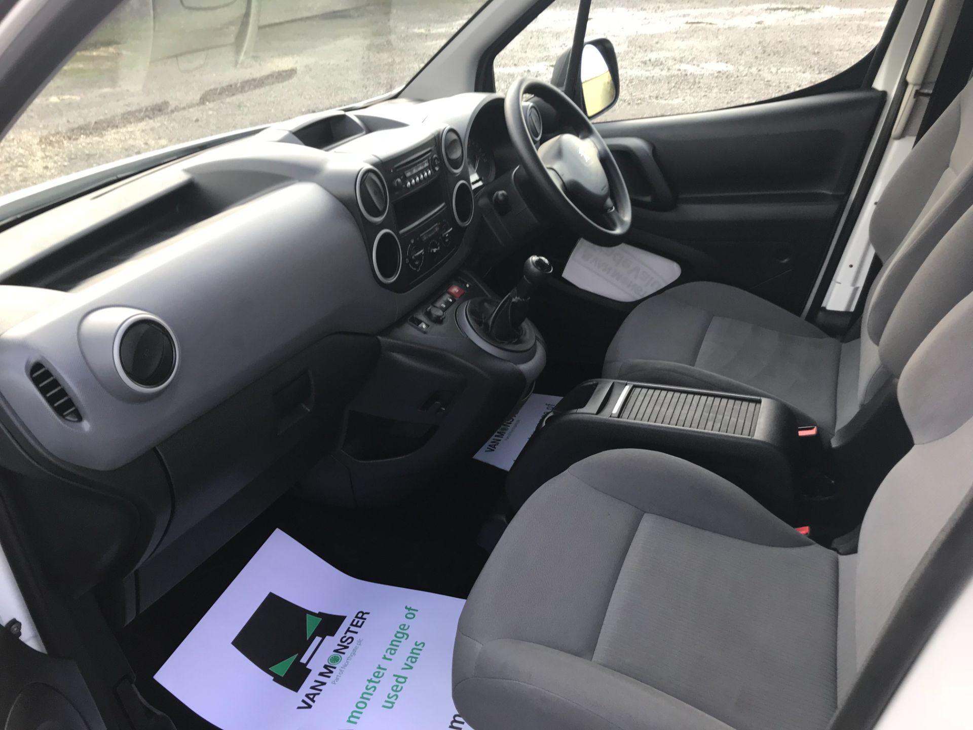 2016 Peugeot Partner 715 S 1.6 Hdi 92 Crew Van (NU66GHZ) Image 25