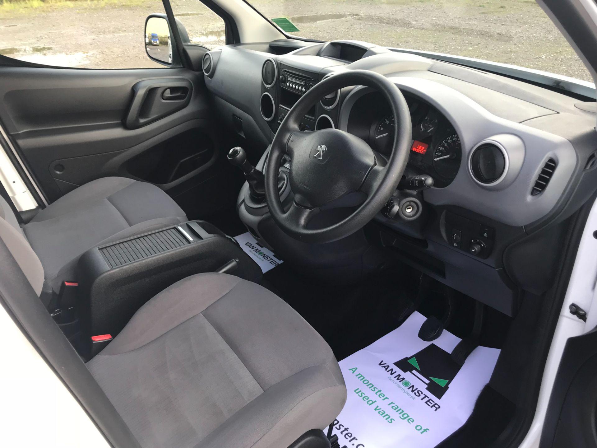2016 Peugeot Partner 715 S 1.6 Hdi 92 Crew Van (NU66GHZ) Image 29