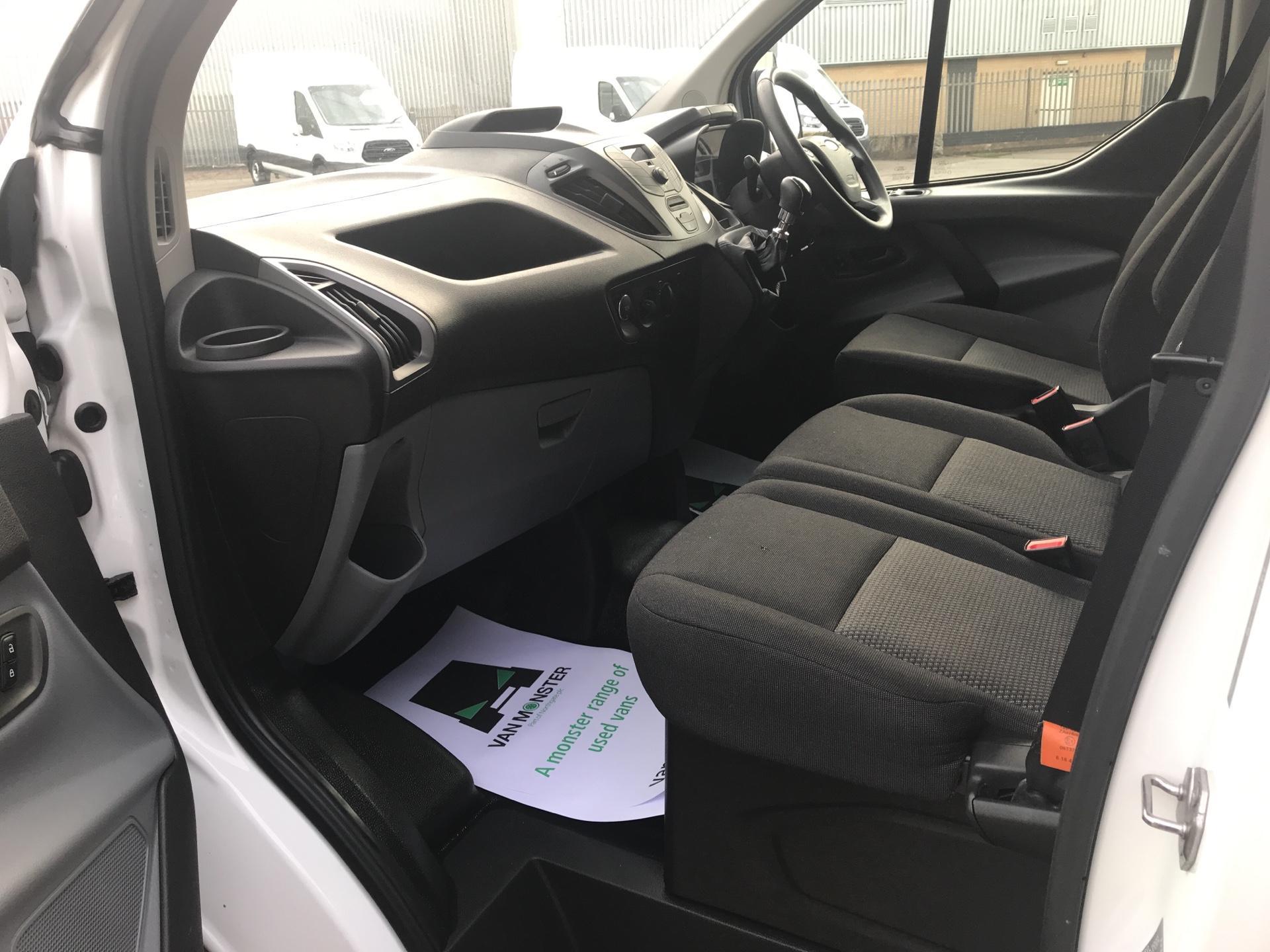 2016 Ford Transit Custom 290 L1 DIESEL FWD 2.2 TDCI 100PS LOW ROOF VAN EURO 5 (NU66HJX) Image 14