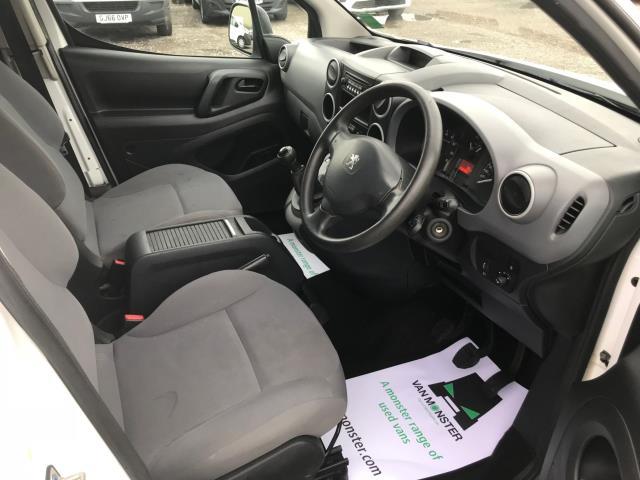 2016 Peugeot Partner L2 715 S 1.6 92PS CREW VAN EURO 5 (NU66KME) Image 25