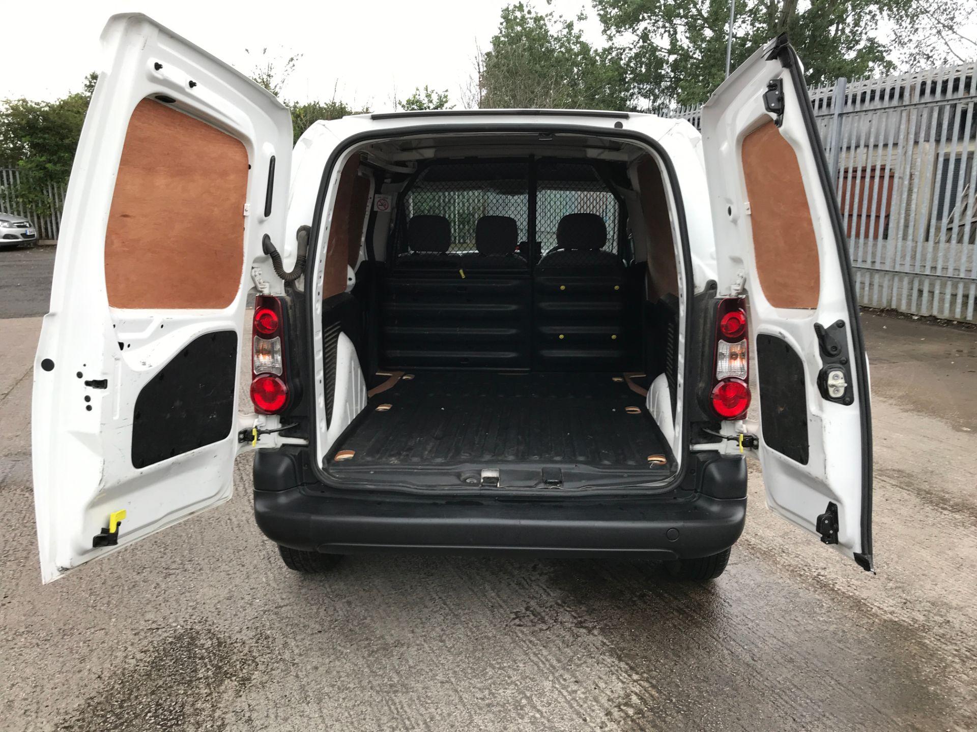 2016 Peugeot Partner L1 850 SE 1.6HDI 92PS  EURO 5 (NU66KWM) Image 16