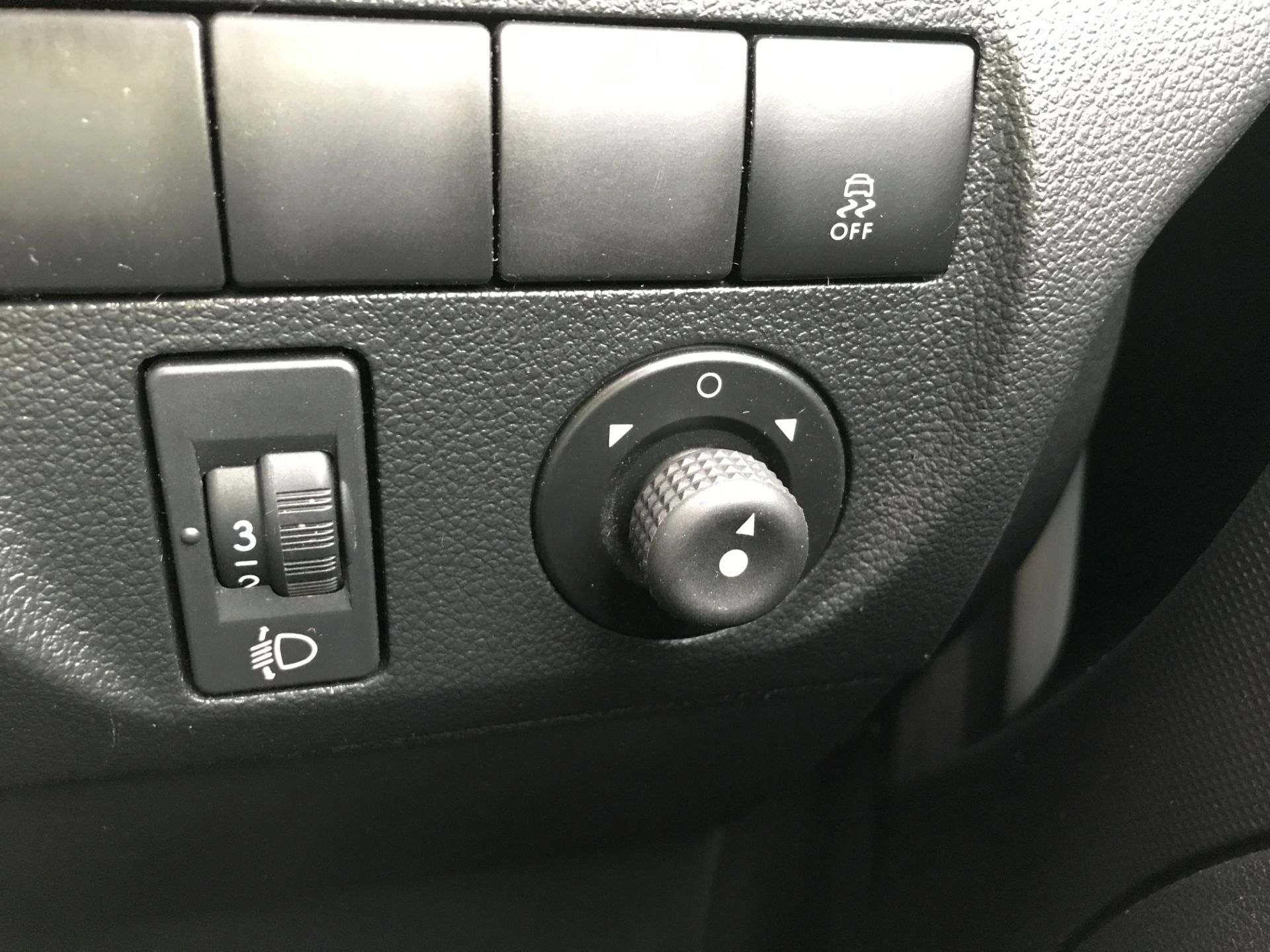 2016 Peugeot Partner L1 850 SE 1.6HDI 92PS  EURO 5 (NU66KWM) Image 23