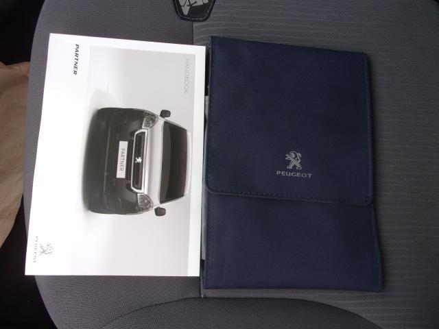 2016 Peugeot Partner L1 850 SE 1.6 HDI 92PS VAN EURO 5 (NU66KWX) Image 21