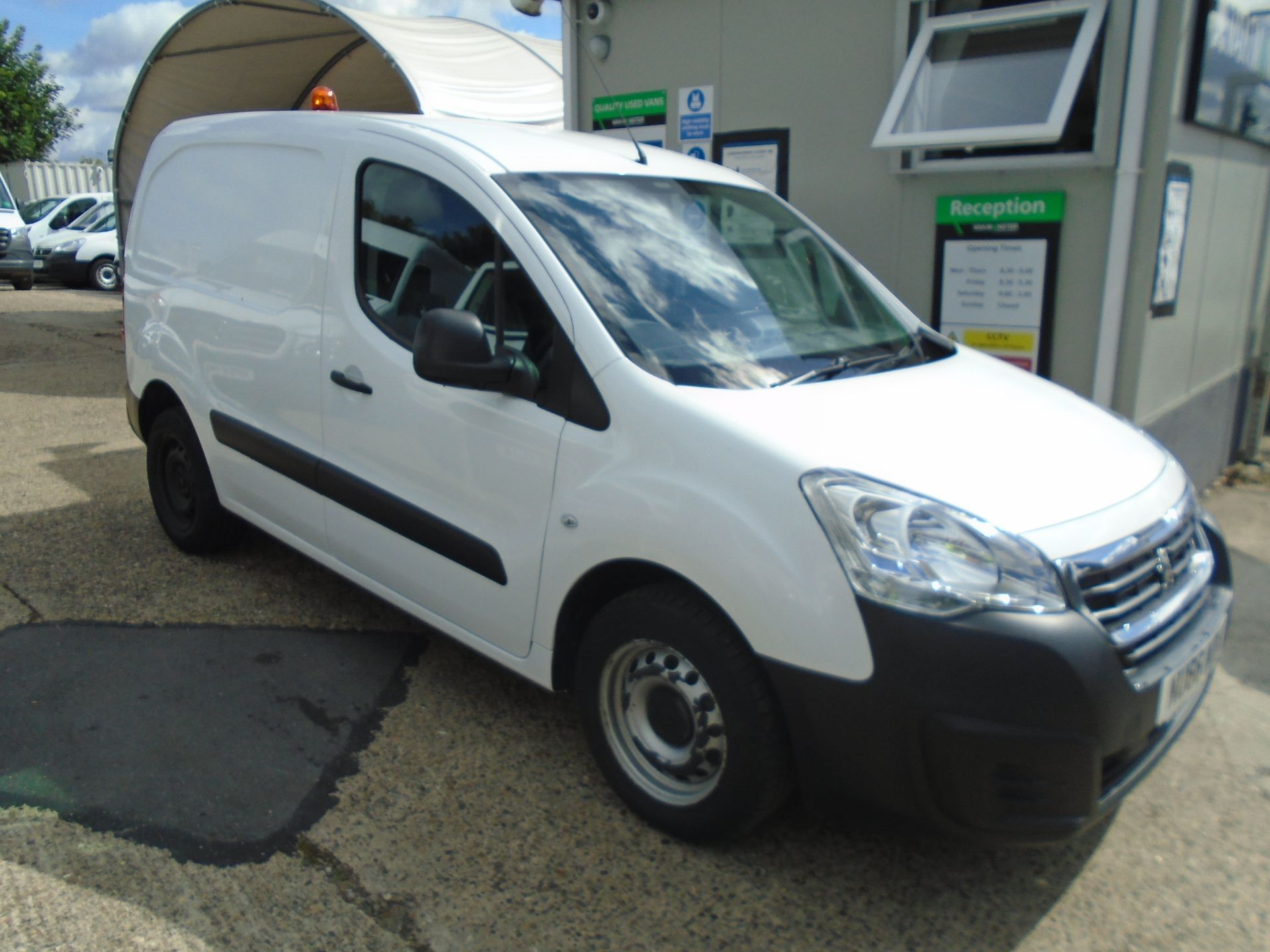 2016 Peugeot Partner 850 S 1.6 Hdi 92 Van [Sld] (NU66NDN)