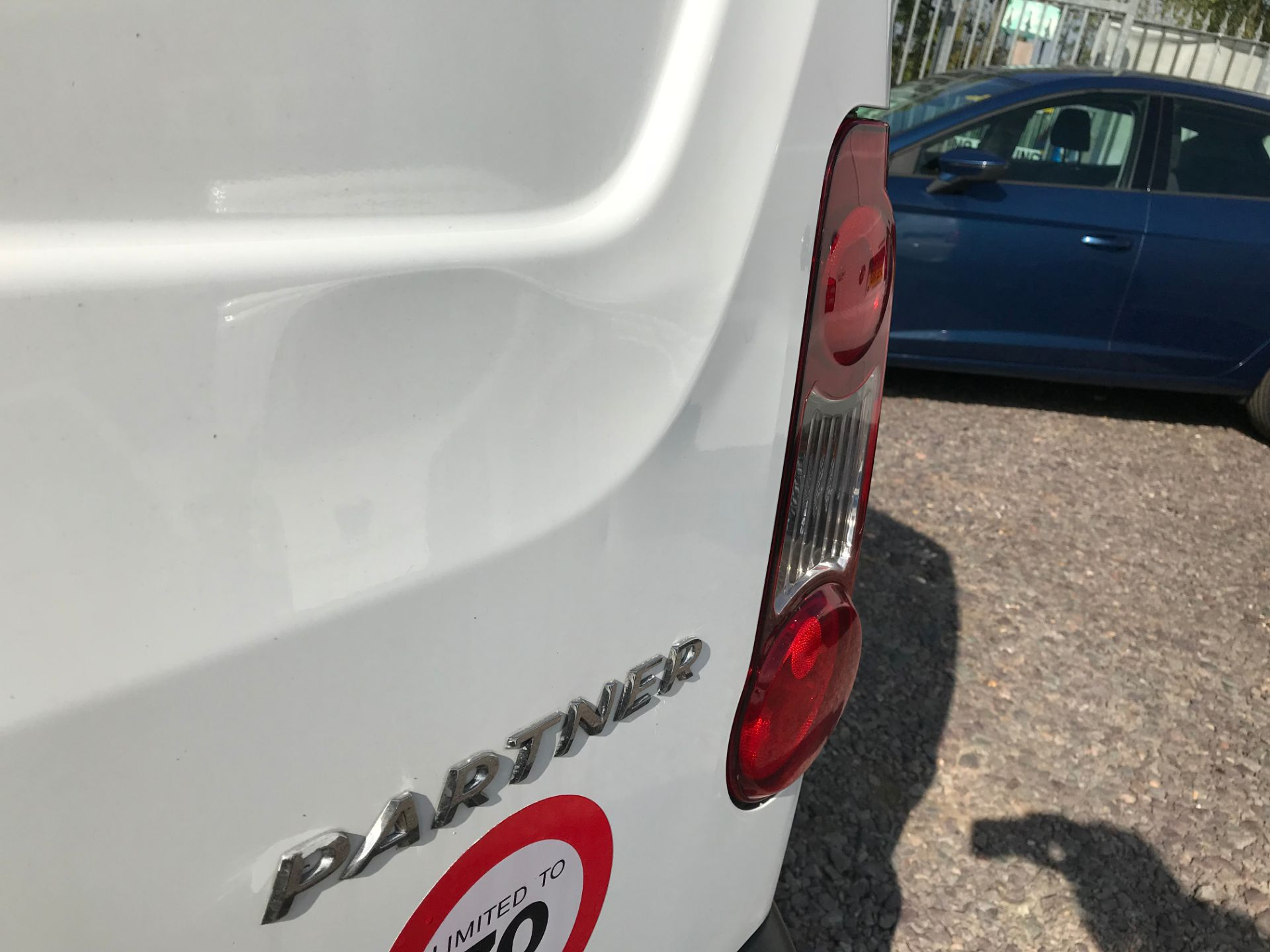2016 Peugeot Partner L1 850 S 1.6 92PS [SLD] EURO 5 (NU66NKJ) Image 23