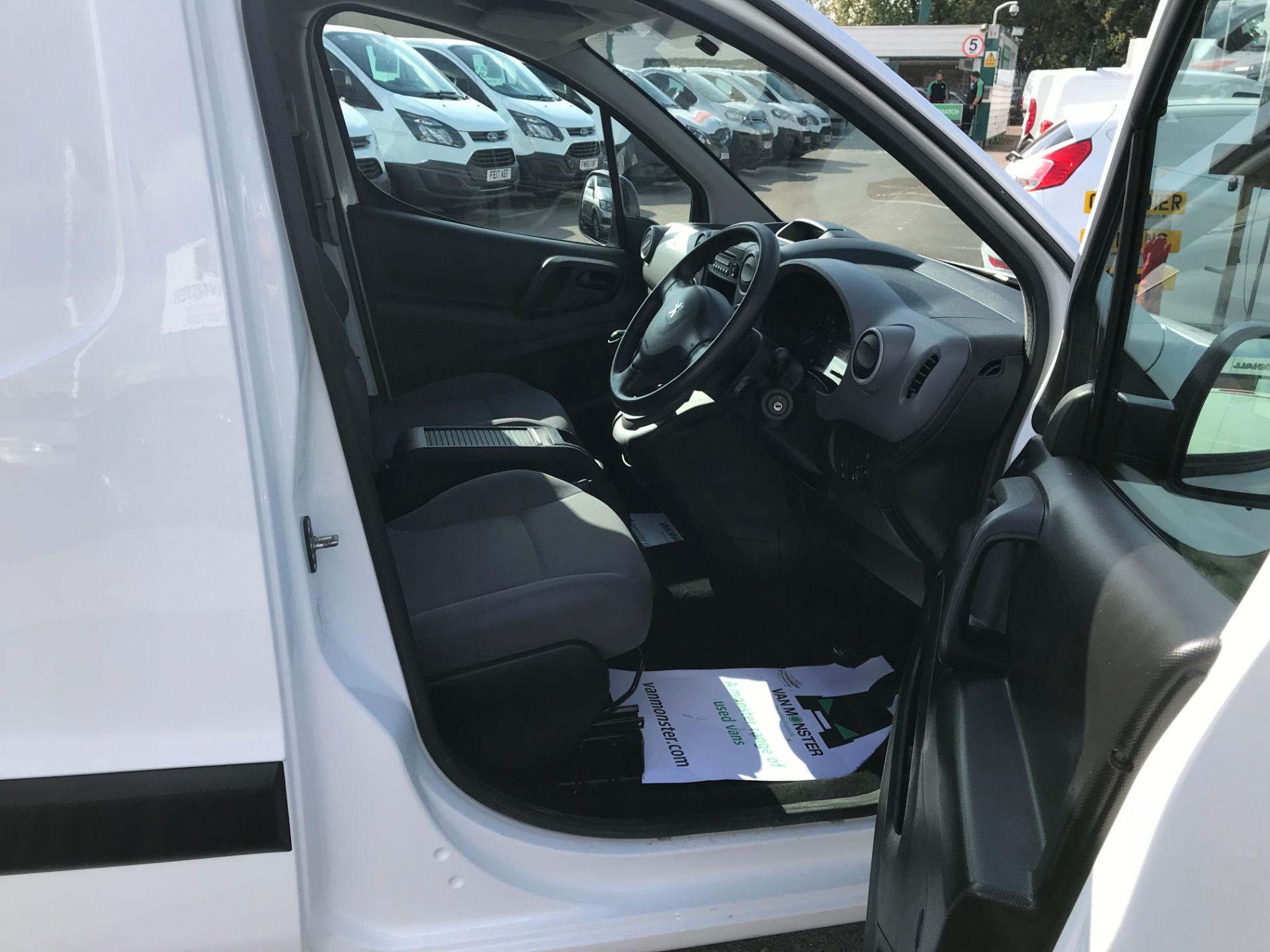 2016 Peugeot Partner L1 850 S 1.6 92PS [SLD] EURO 5 (NU66NKJ) Image 12
