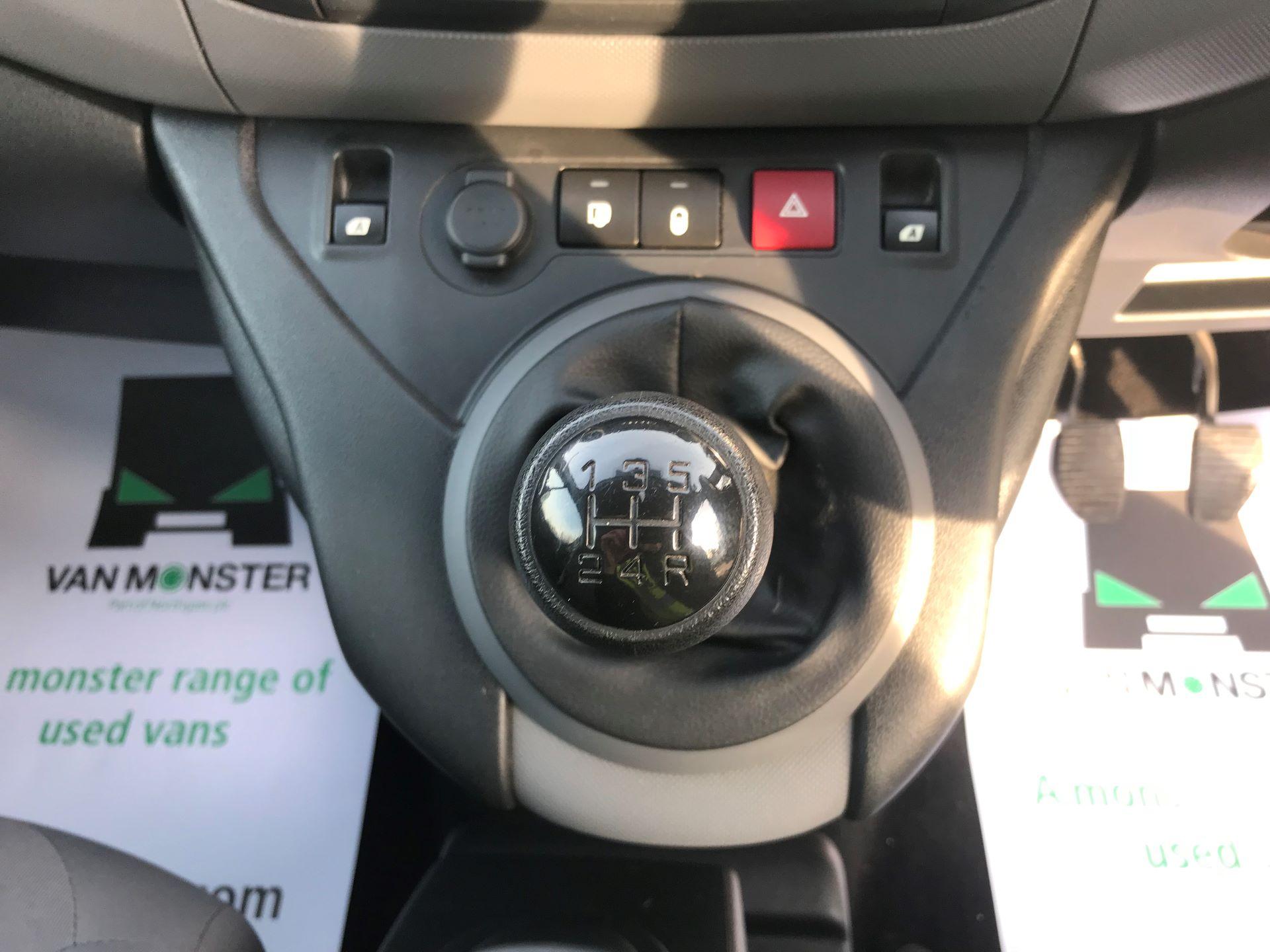 2016 Peugeot Partner L1 850 S 1.6 92PS [SLD] EURO 5 (NU66NKP) Image 23