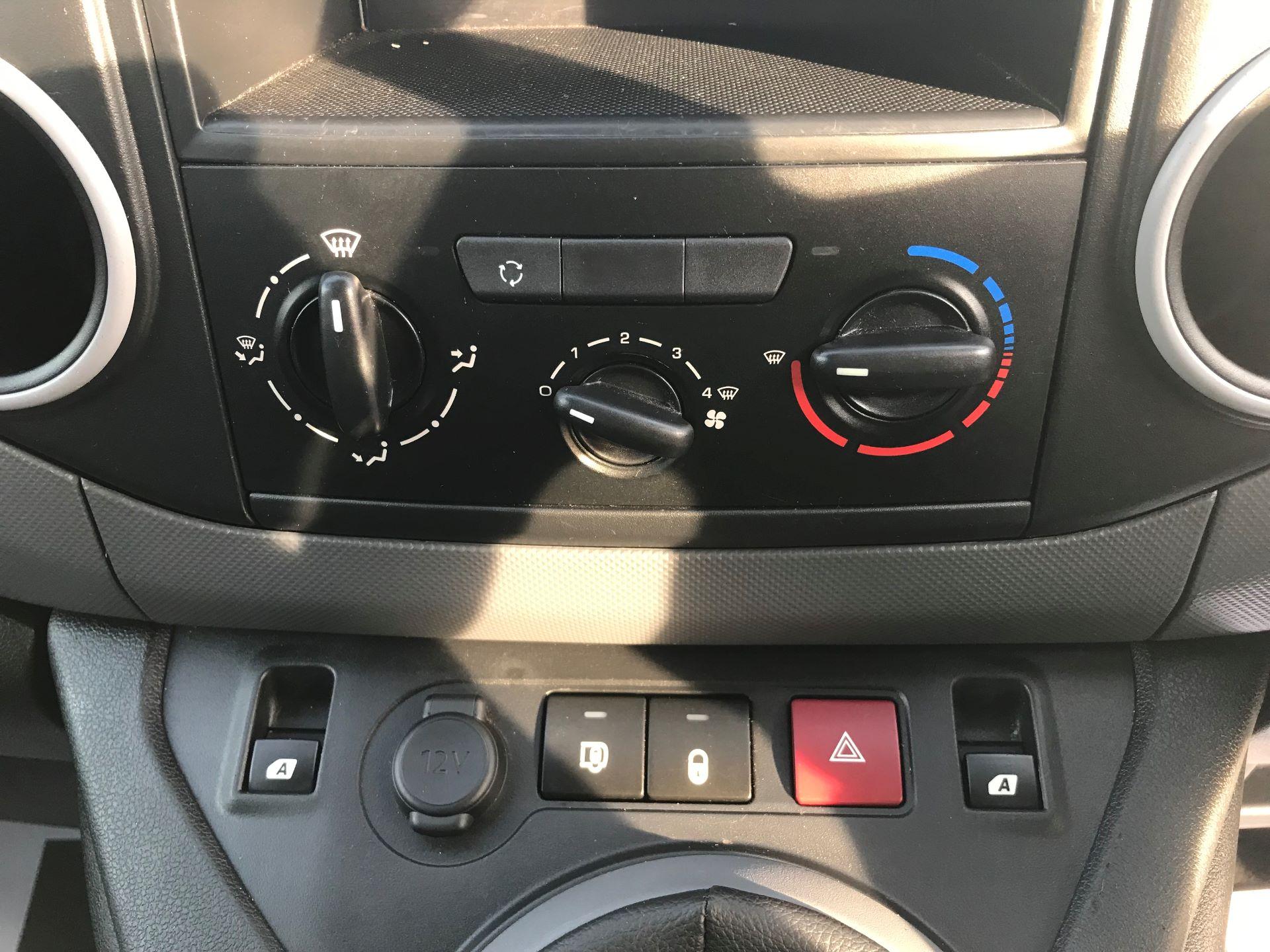 2016 Peugeot Partner L1 850 S 1.6 92PS [SLD] EURO 5 (NU66NKP) Image 22