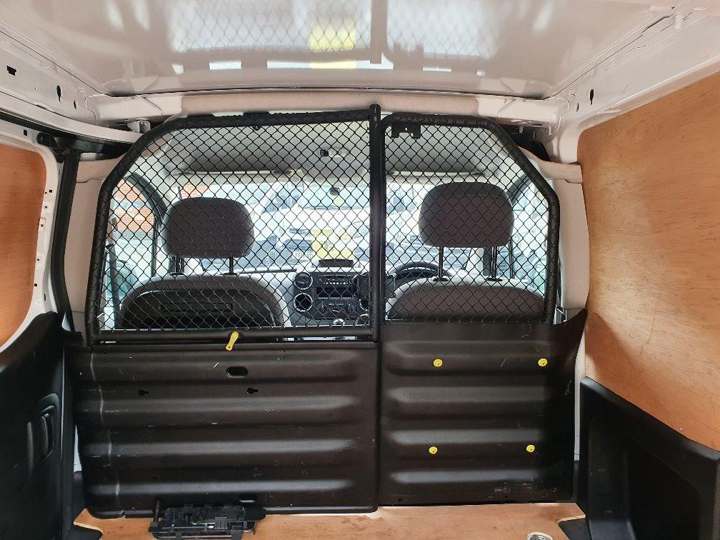 2016 Peugeot Partner 850 S 1.6 Hdi 92 Van [Sld] L1 1.6 91PS EURO 5 (NU66NNP) Image 11