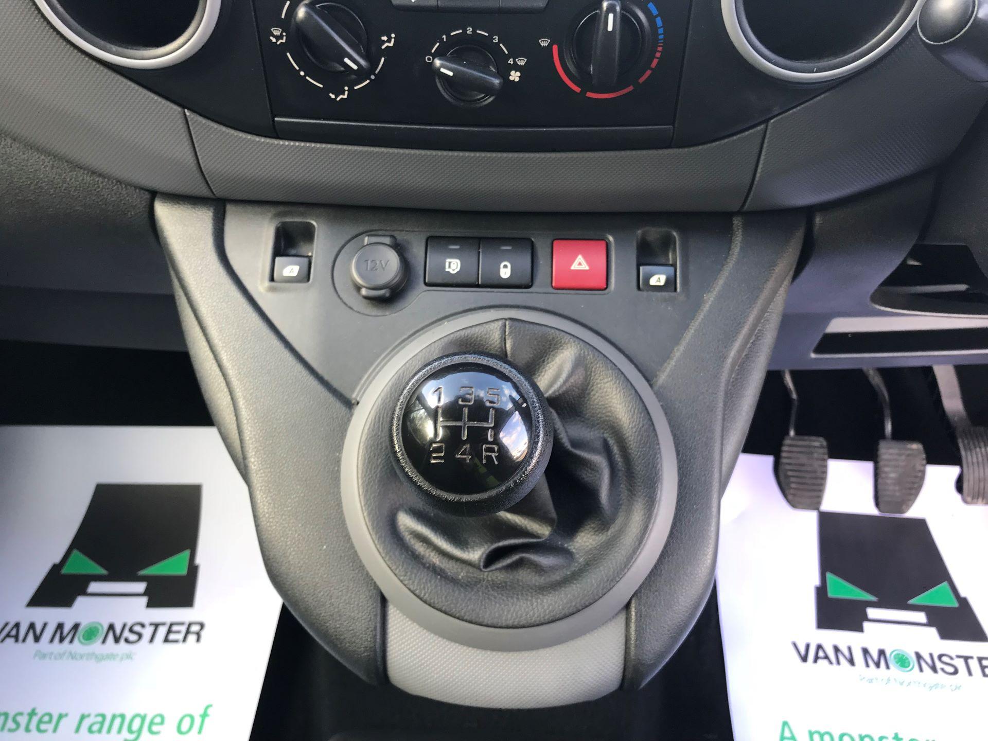 2016 Peugeot Partner L1 850 S 1.6 92PS [SLD] EURO 5 (NU66NVC) Image 26