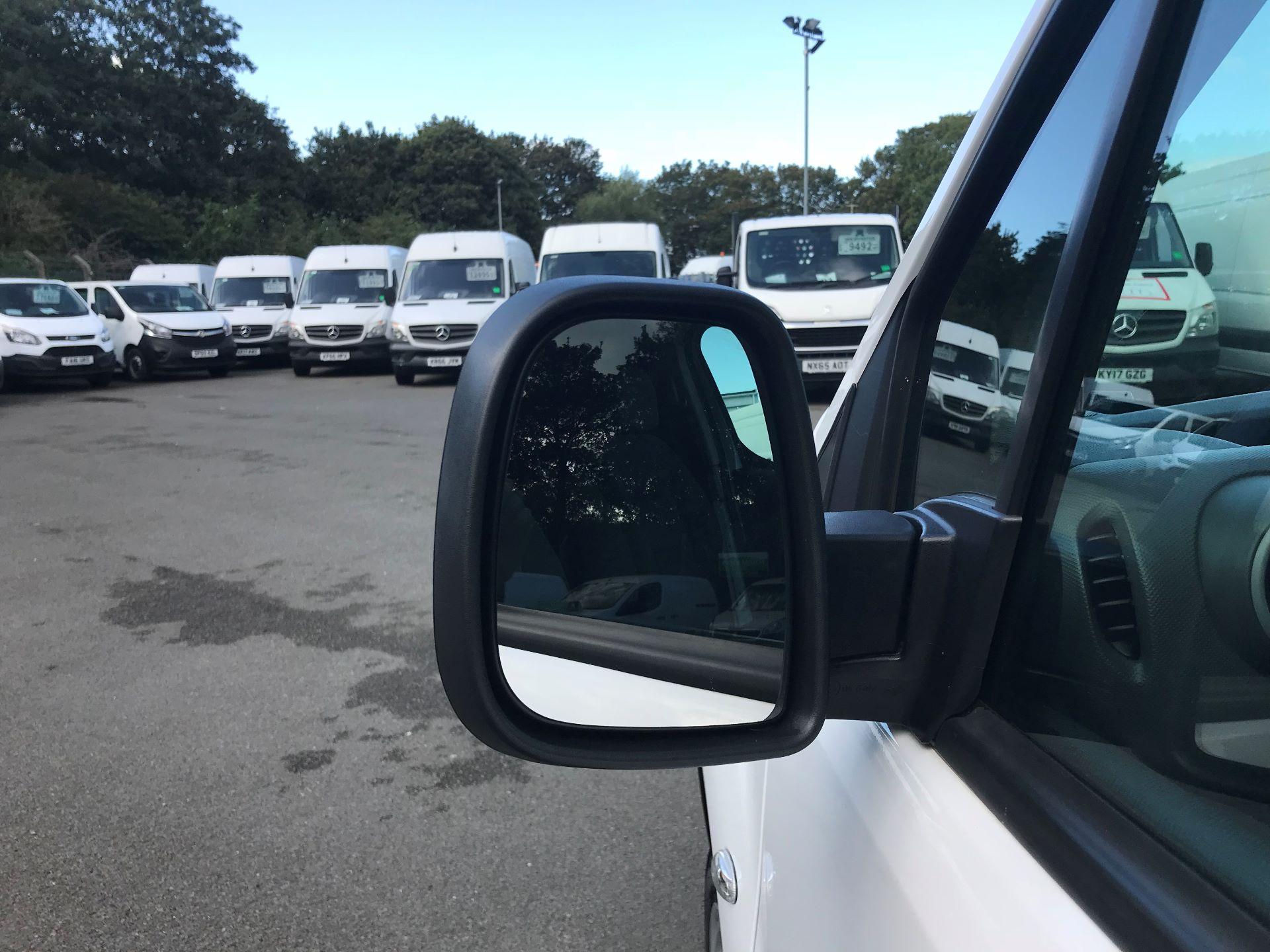 2016 Peugeot Partner L1 850 S 1.6 92PS [SLD] EURO 5 (NU66NVC) Image 11