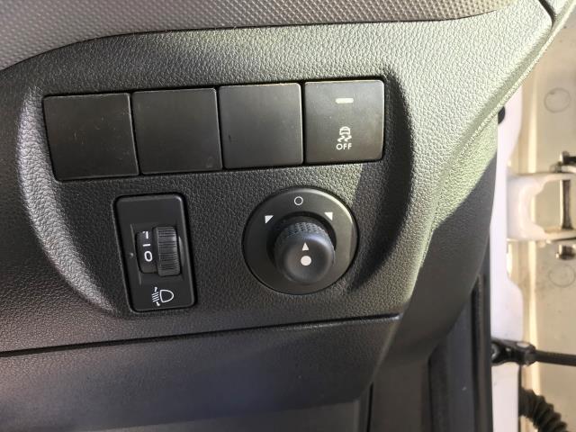 2016 Peugeot Partner L1 850 S 1.6 92PS [SLD] EURO 5 (NU66NVJ) Image 23