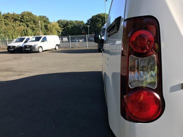 2016 Peugeot Partner L1 850 S 1.6 92PS [SLD] EURO 5 (NU66NVJ) Image 14