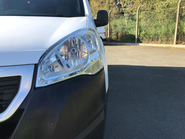2016 Peugeot Partner L1 850 S 1.6 92PS [SLD] EURO 5 (NU66NVJ) Image 12