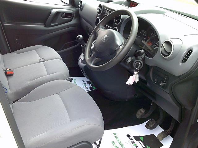 2016 Peugeot Partner 850 Se 1.6 Hdi 92 Van (NU66URO) Image 2