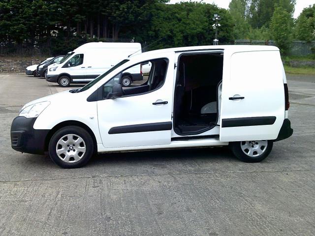 2016 Peugeot Partner 850 Se 1.6 Hdi 92 Van (NU66URO) Image 21