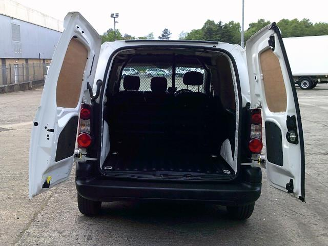 2016 Peugeot Partner 850 Se 1.6 Hdi 92 Van (NU66URO) Image 18