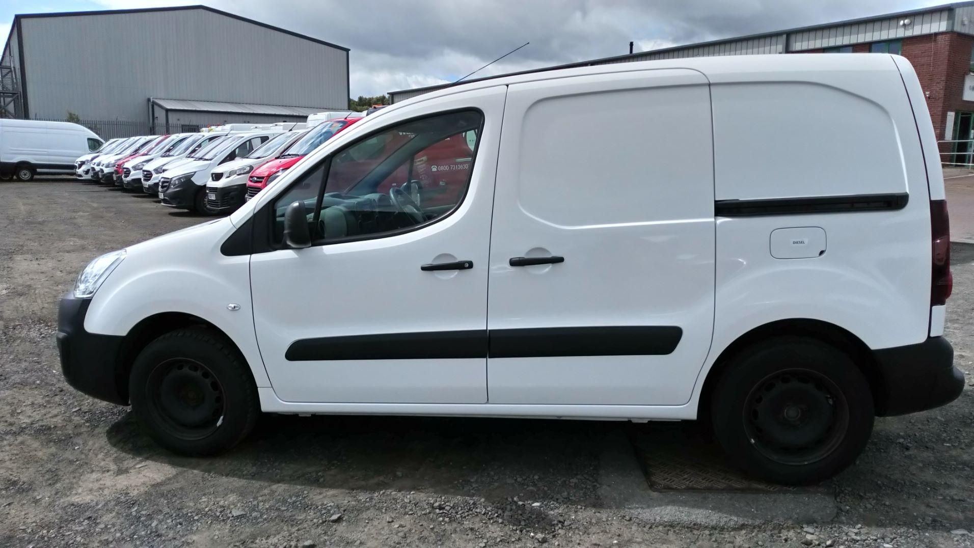 2016 Peugeot Partner 850 Se 1.6 Hdi 92 Van (NU66UTF) Image 5