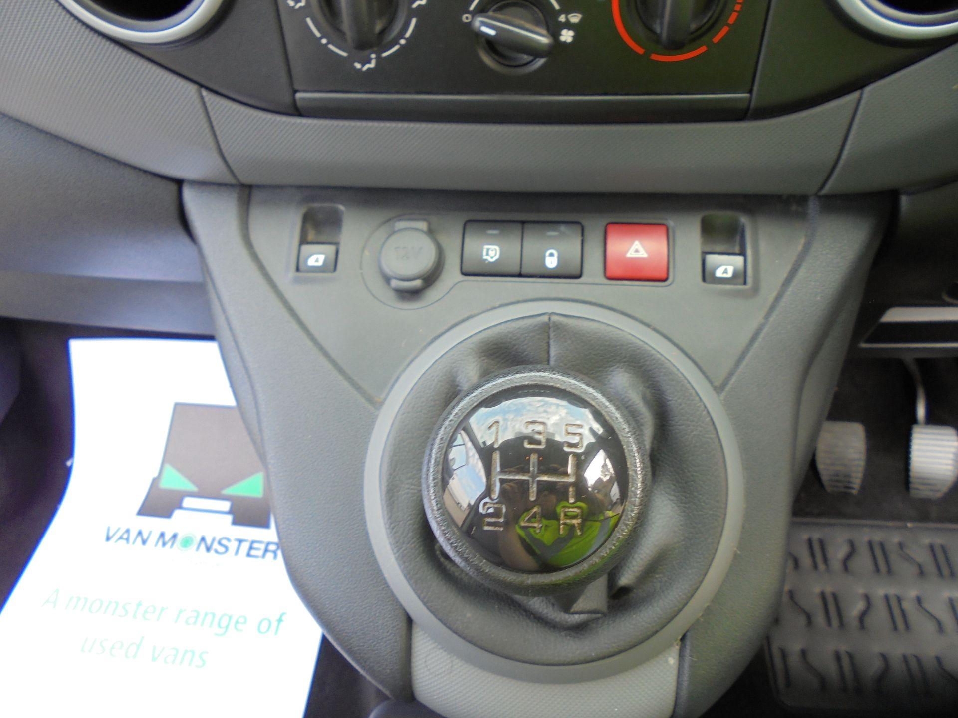 2016 Peugeot Partner 850 S 1.6 Hdi 92 Van [Sld] (NU66VWW) Image 13