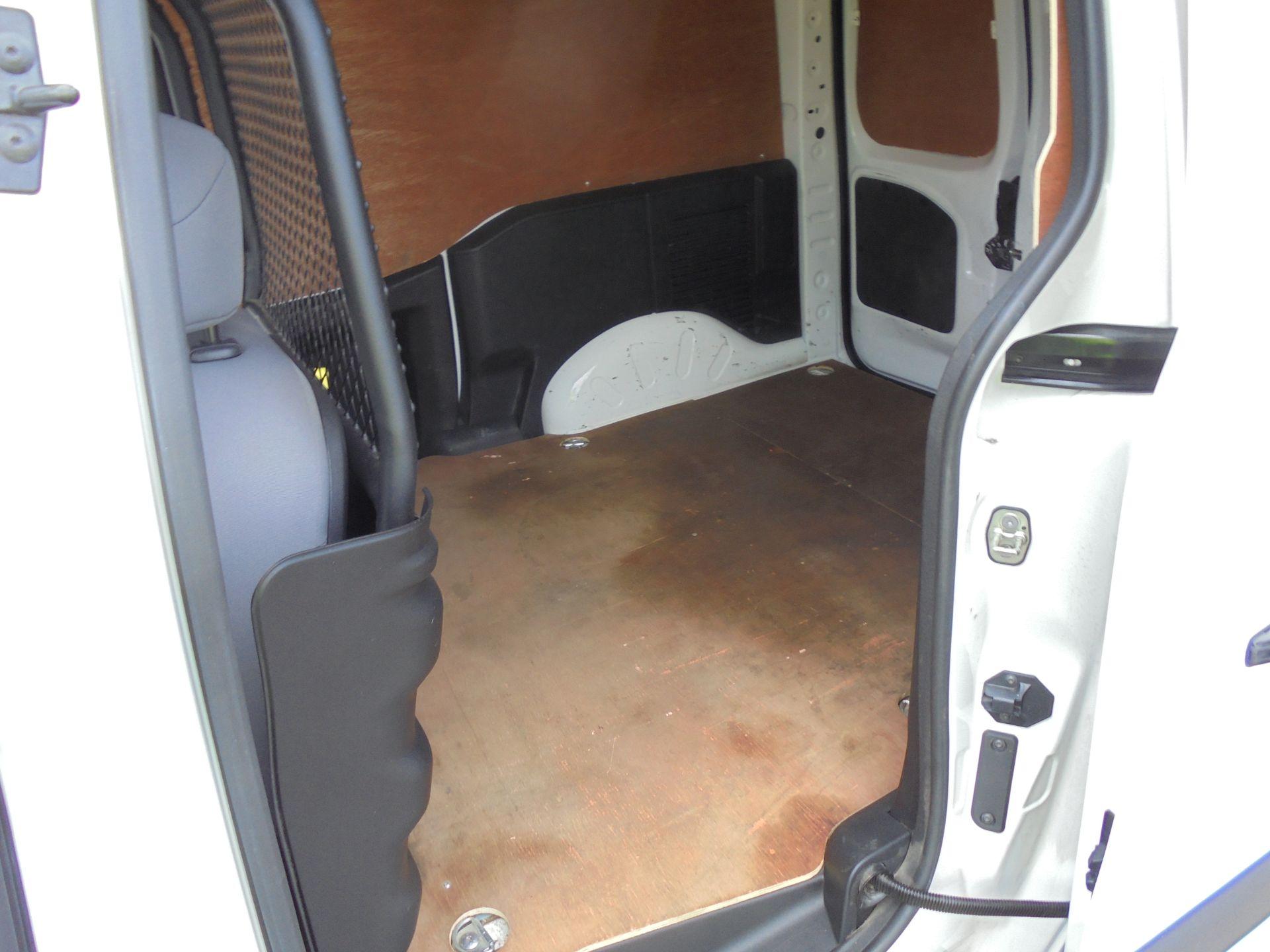 2016 Peugeot Partner 850 S 1.6 Hdi 92 Van [Sld] (NU66VWW) Image 17