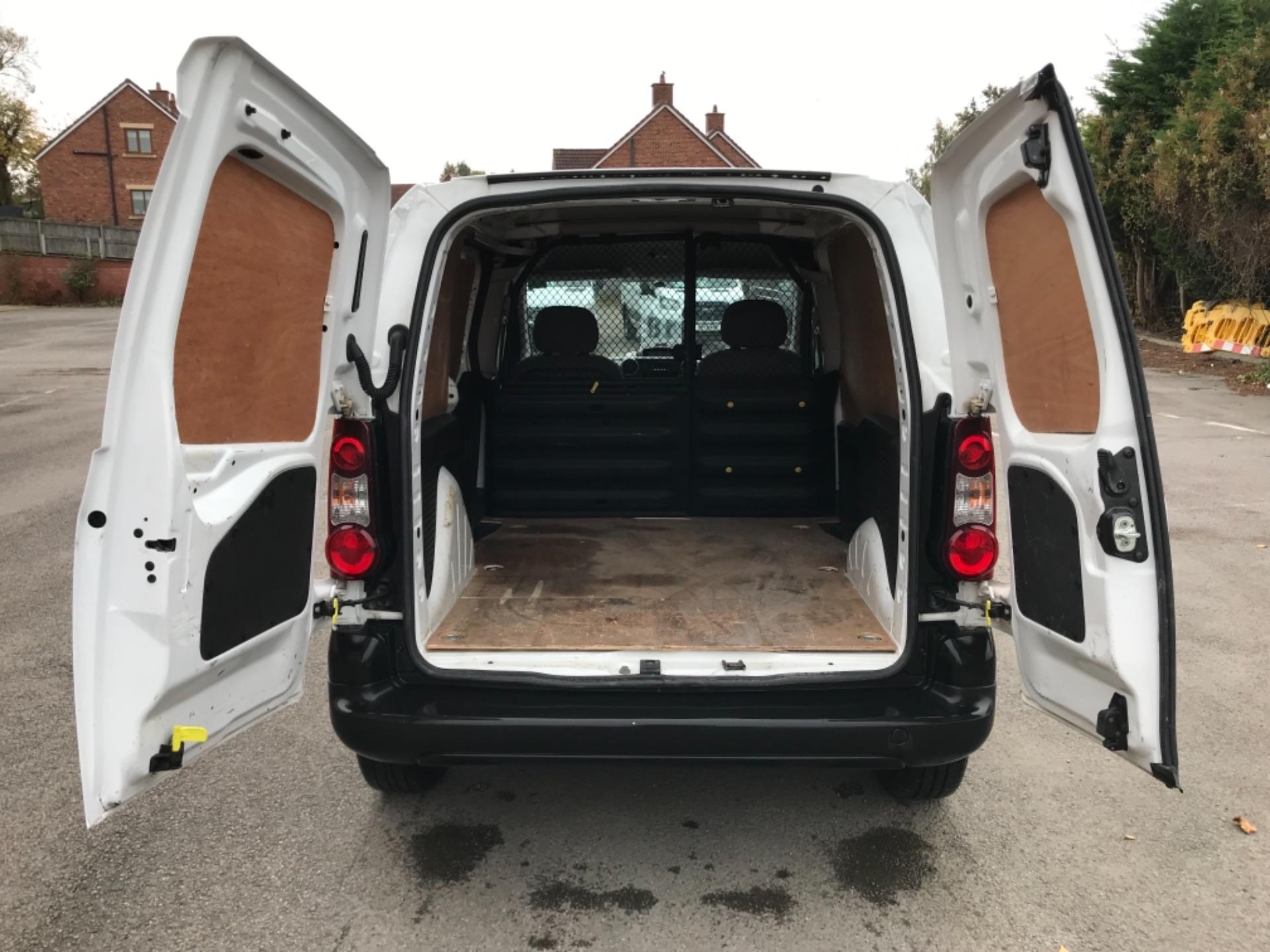 2016 Peugeot Partner 850 S 1.6 Hdi 92 Van [Sld] EURO 5 (NU66VXG) Image 29