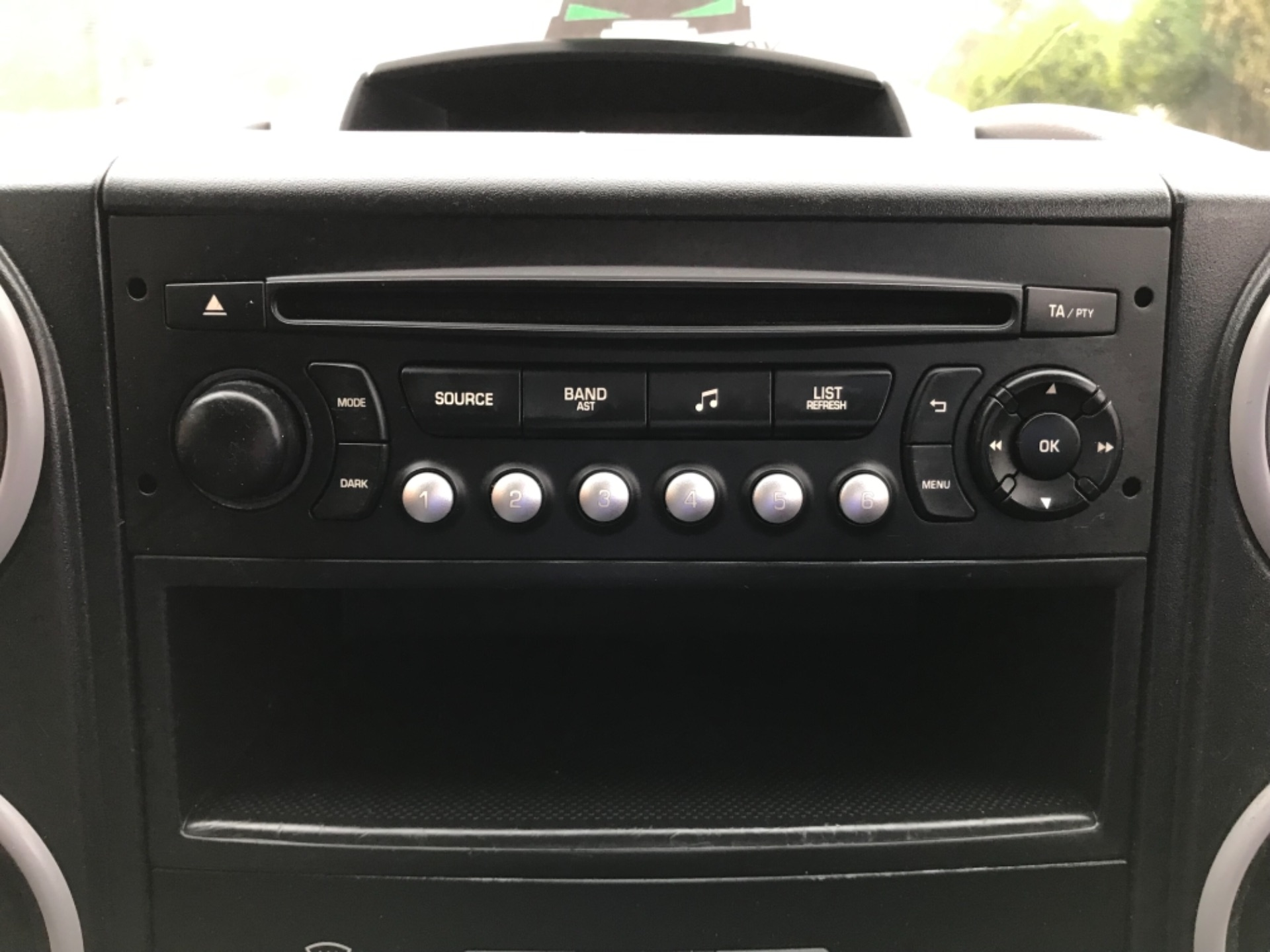 2016 Peugeot Partner 850 S 1.6 Hdi 92 Van [Sld] EURO 5 (NU66VXG) Image 18