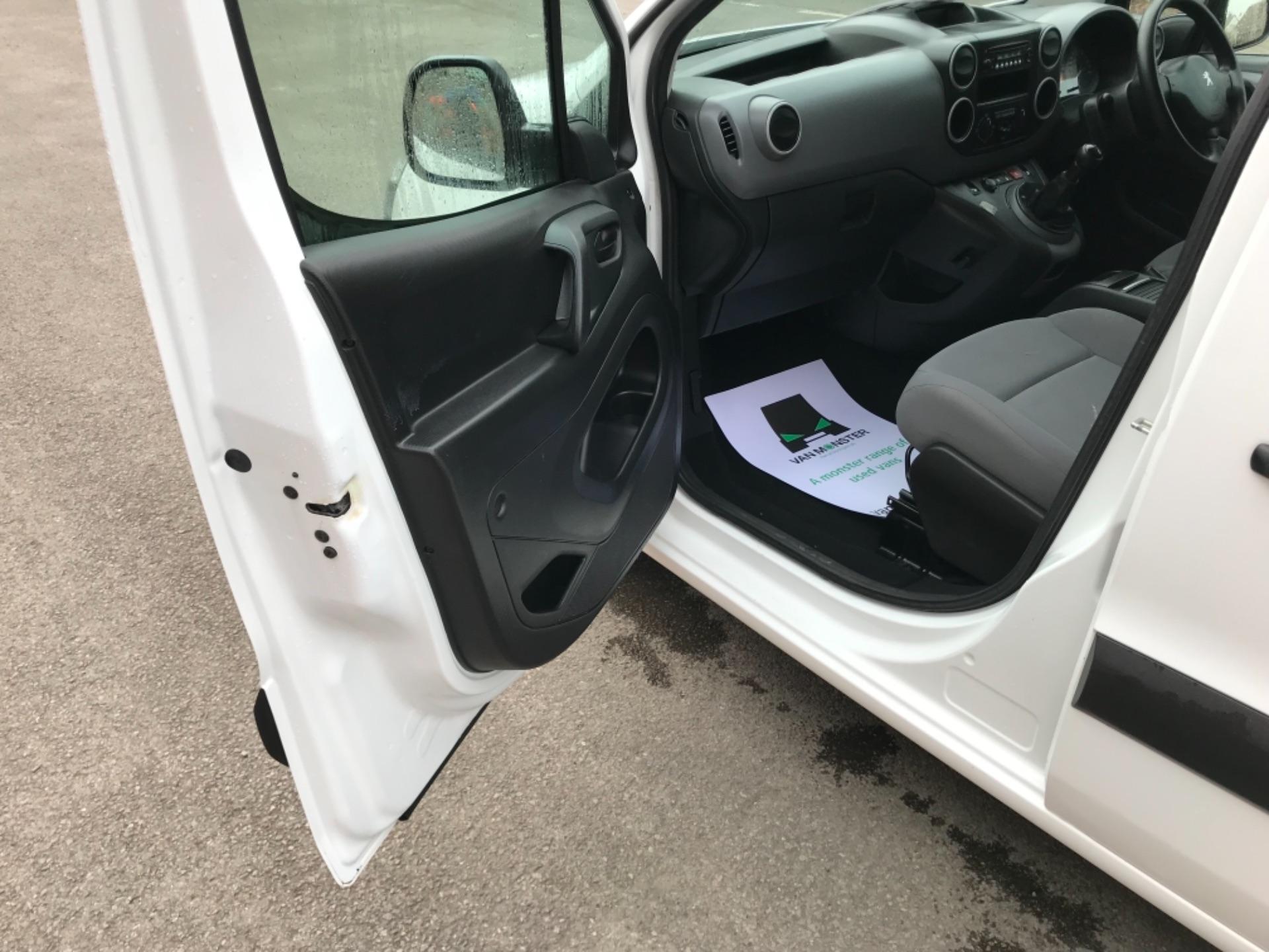 2016 Peugeot Partner 850 S 1.6 Hdi 92 Van [Sld] EURO 5 (NU66VXG) Image 25