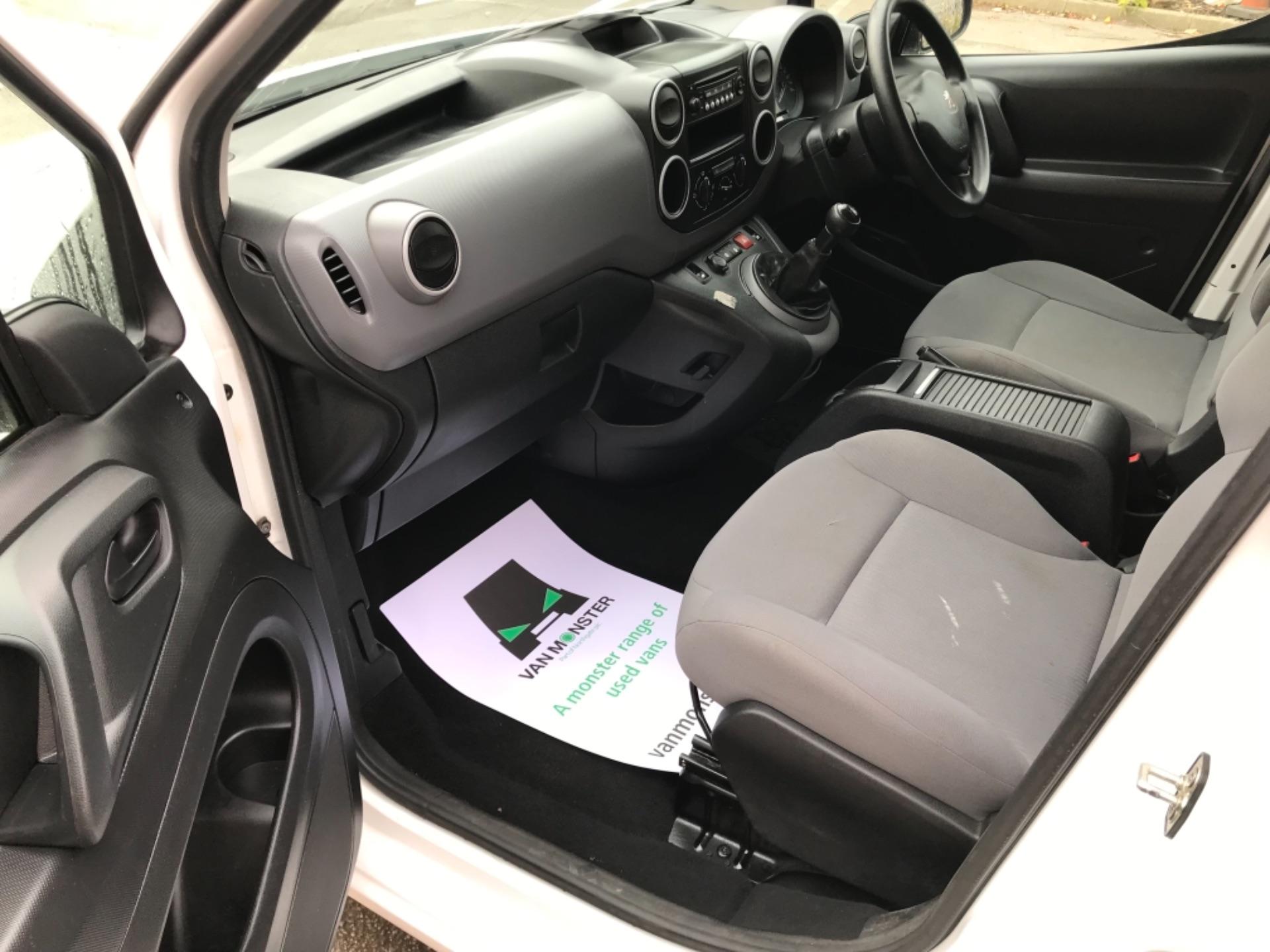 2016 Peugeot Partner 850 S 1.6 Hdi 92 Van [Sld] EURO 5 (NU66VXG) Image 23