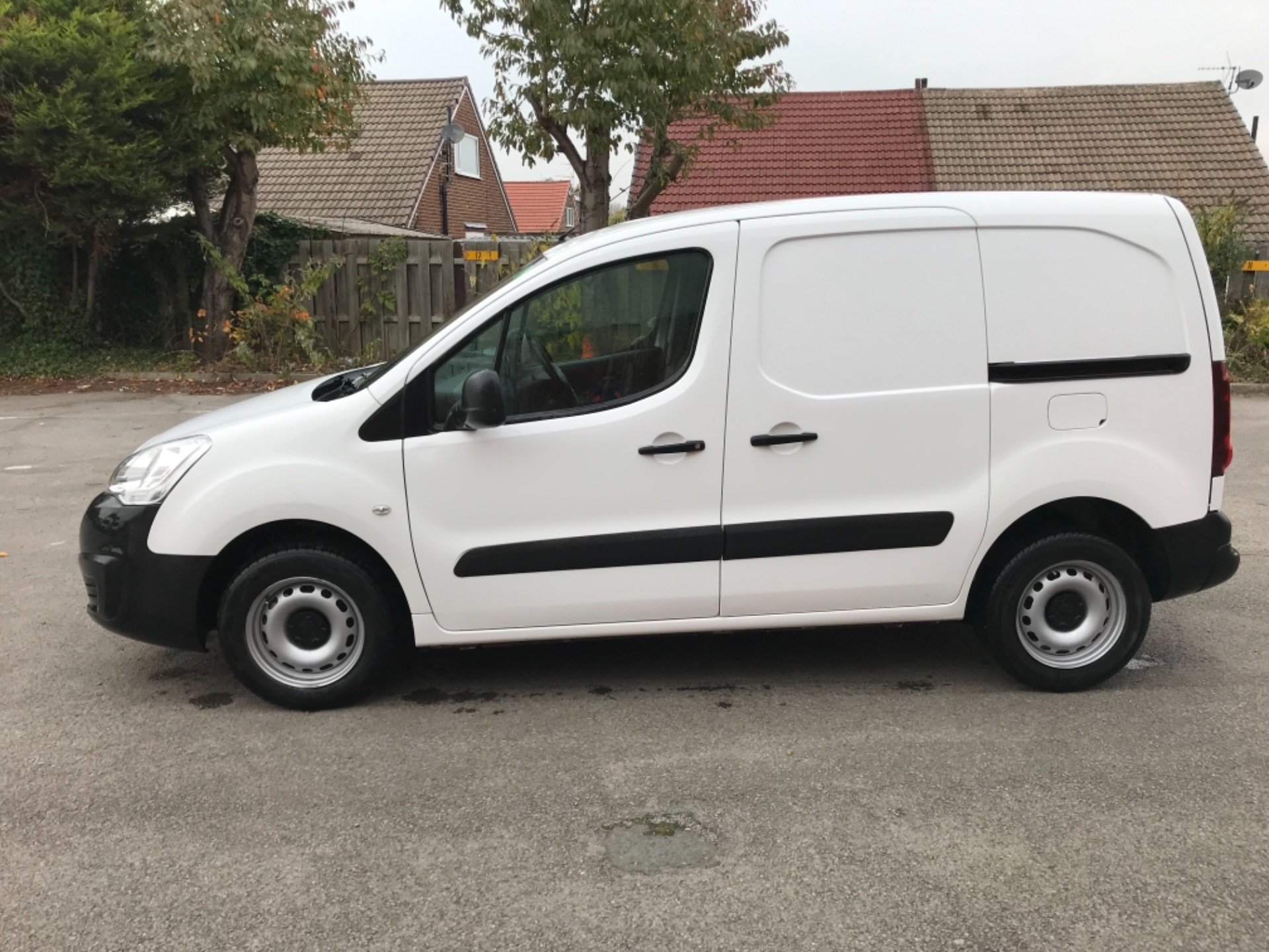 2016 Peugeot Partner 850 S 1.6 Hdi 92 Van [Sld] EURO 5 (NU66VXG) Image 4