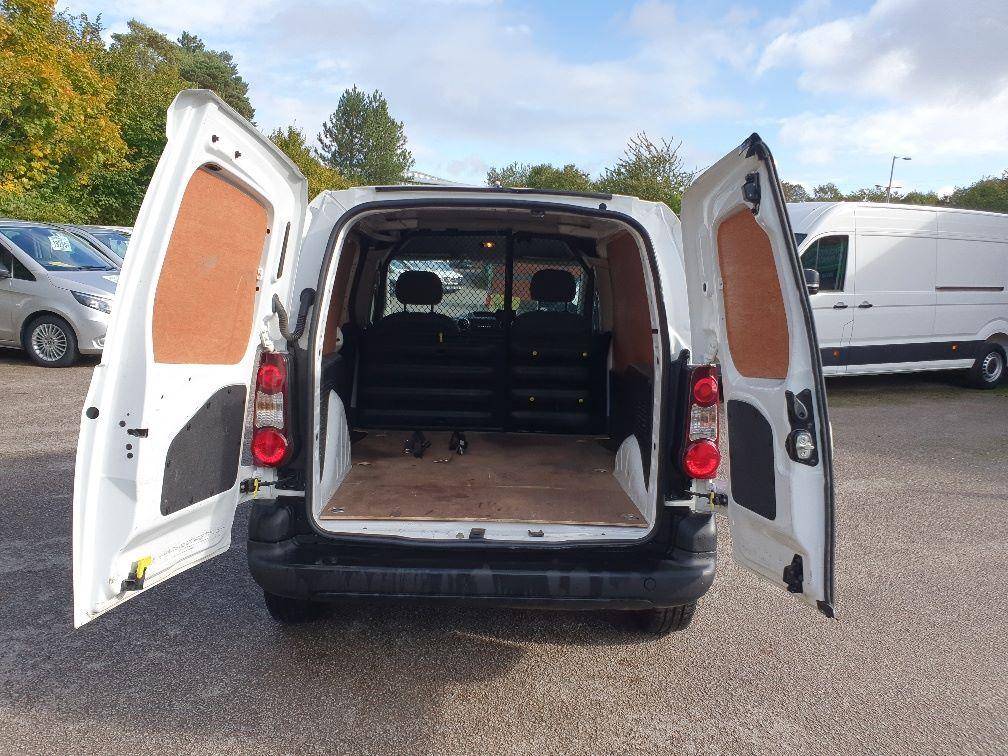 2016 Peugeot Partner 850 S 1.6 Hdi 92 Van [Sld] (NU66WEH) Image 11