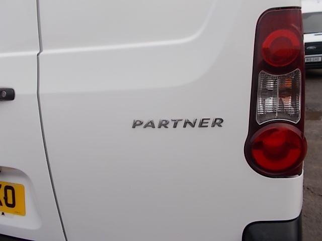 2016 Peugeot Partner L1 850 S 1.6 92PS [SLD] EURO 5 (NU66WKO) Image 23