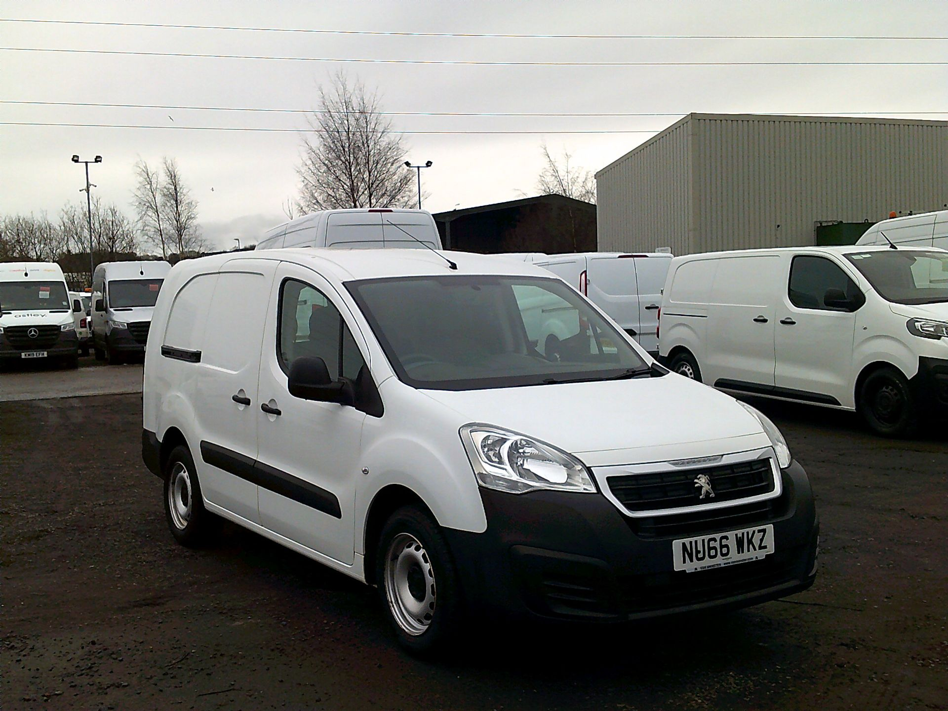 2016 Peugeot Partner L2 715 S 1.6 BLUEHDI 100 CREW VAN EURO 6 *SPEED RESTRICTED TO 56MPH* (NU66WKZ)