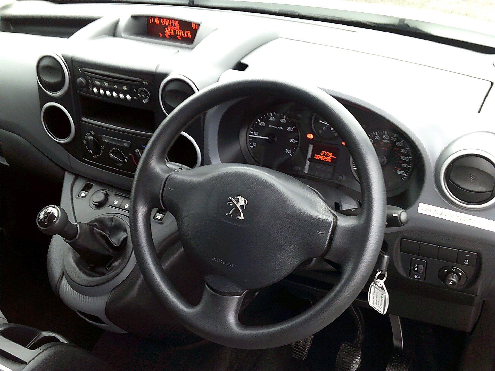 2016 Peugeot Partner L2 715 S 1.6 BLUEHDI 100 CREW VAN EURO 6 *SPEED RESTRICTED TO 56MPH* (NU66WKZ) Image 17