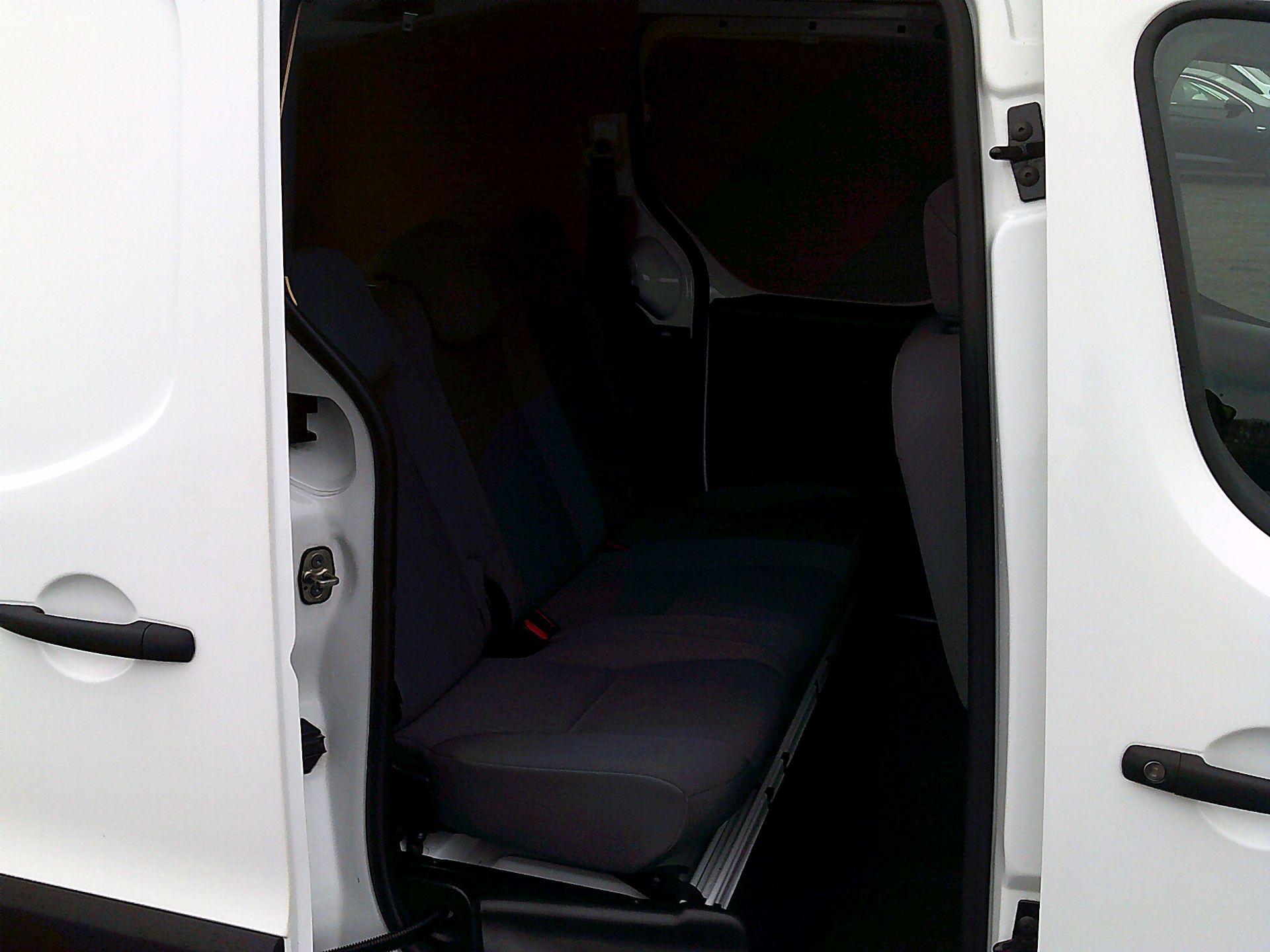 2016 Peugeot Partner L2 715 S 1.6 BLUEHDI 100 CREW VAN EURO 6 *SPEED RESTRICTED TO 56MPH* (NU66WKZ) Image 15