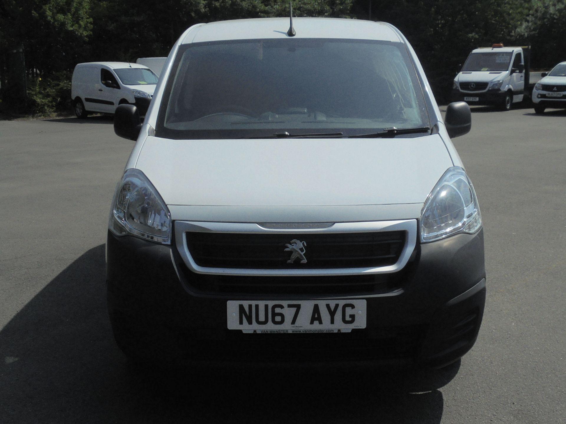 2017 Peugeot Partner 850 1.6 Bluehdi 100 Professional Van [Non Ss] (NU67AYG) Image 2