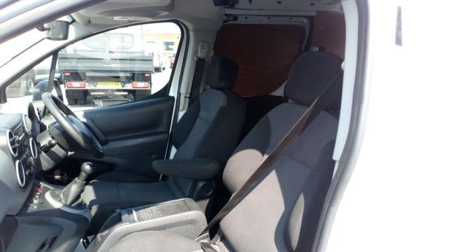 2017 Peugeot Partner 715 S 1.6 Bluehdi 100 Crew Van (NU67BWY) Image 16