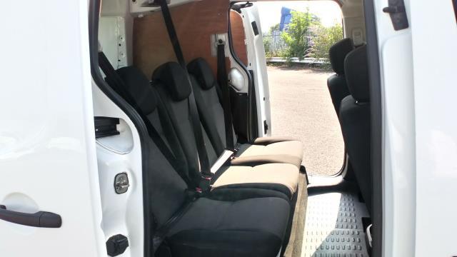 2017 Peugeot Partner 715 S 1.6 Bluehdi 100 Crew Van (NU67BWY) Image 12