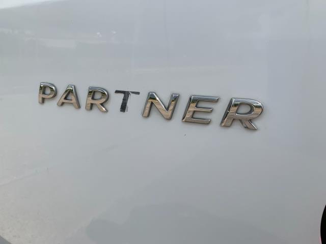 2017 Peugeot Partner  L2 715 S 1.6 BLUEHDI 100 CREW VAN EURO 6 (NU67BWZ) Image 25