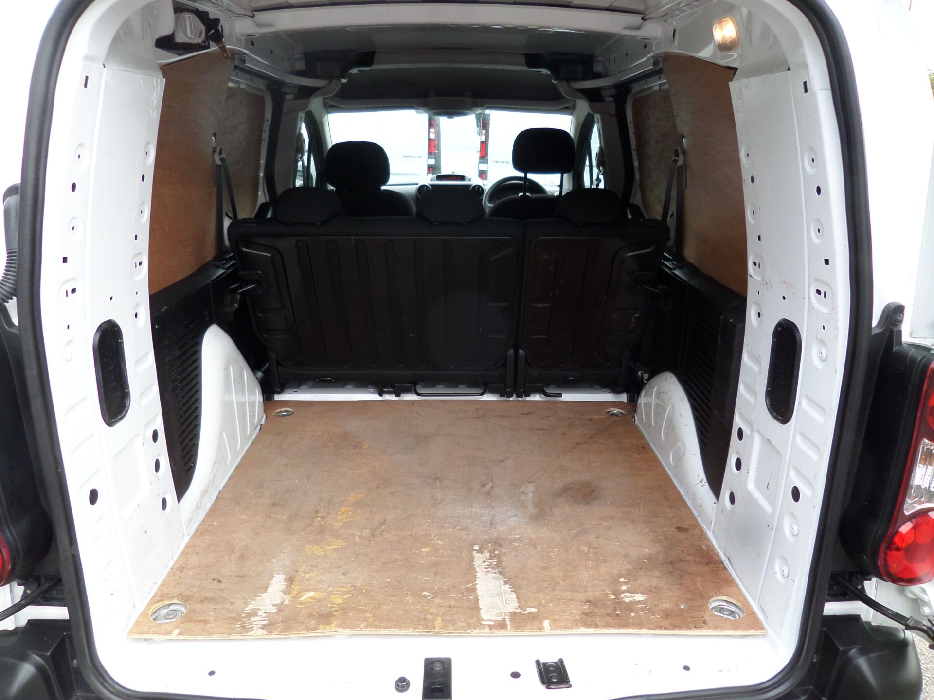 2017 Peugeot Partner 715 S 1.6 Bluehdi 100 Crew Van Euro 6 ( 70MPH Restricted) (NU67BXB) Image 6