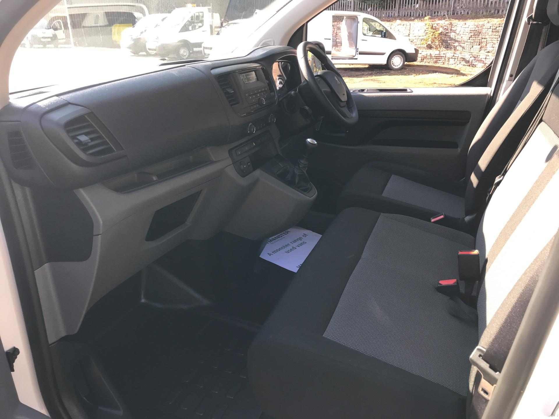 2017 Peugeot Expert STANDARD 1000 1.6 BLUEHDI 95PS S EURO 6 (NU67DVA) Image 14