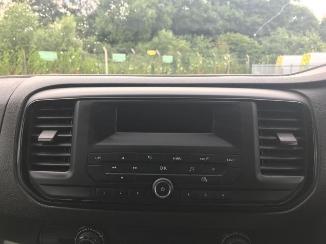 2017 Peugeot Expert  STANDARD 1000 1.6 BLUEHDI 95 S EURO 6 (NU67HDF) Image 21