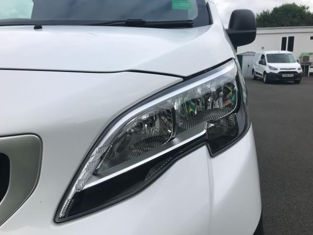 2017 Peugeot Expert  STANDARD 1000 1.6 BLUEHDI 95 S EURO 6 (NU67HDF) Image 13