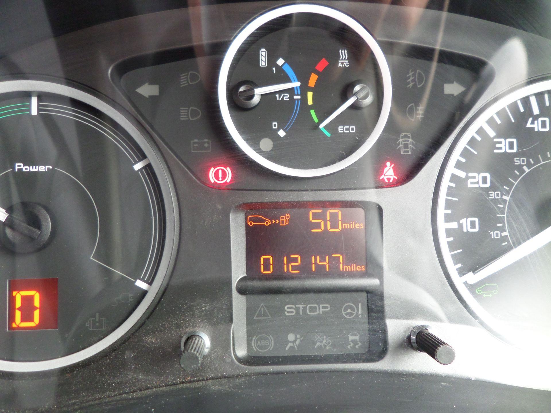2017 Peugeot Partner 636 Se 67 Van Auto ( Pure Electric) (NU67HHY) Image 13