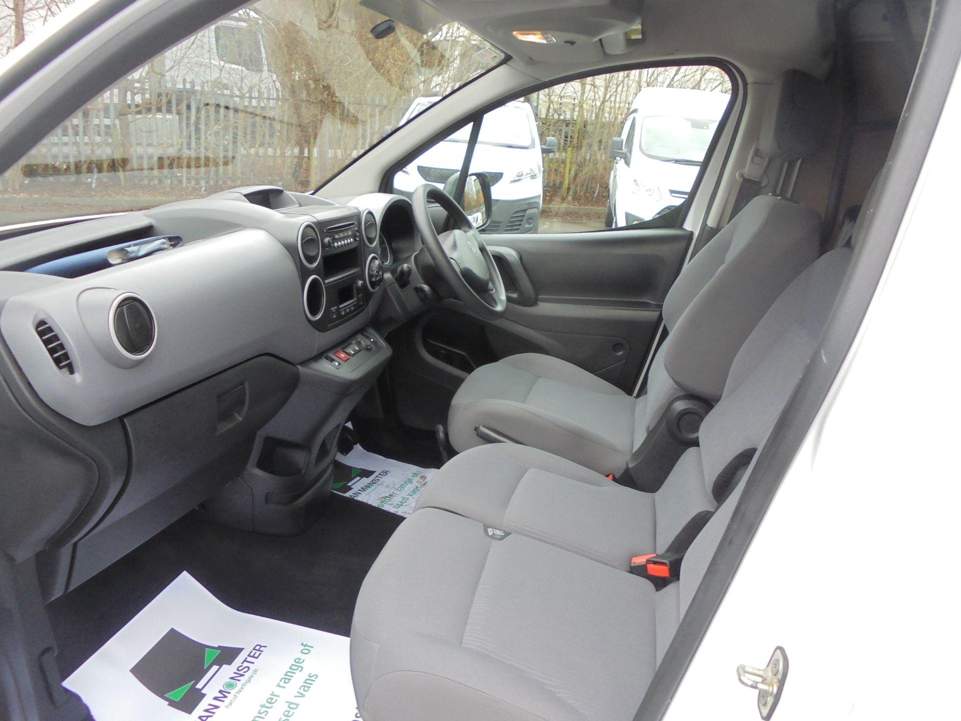 2017 Peugeot Partner 636 Se 67 Van Auto (NU67HJD) Image 5