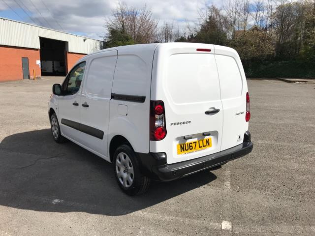 2017 Peugeot Partner 850 1.6 Bluehdi 100 Professional Van [Non Ss] Euro 6 (Speed Limited To 70MPH) (NU67LLN) Image 5