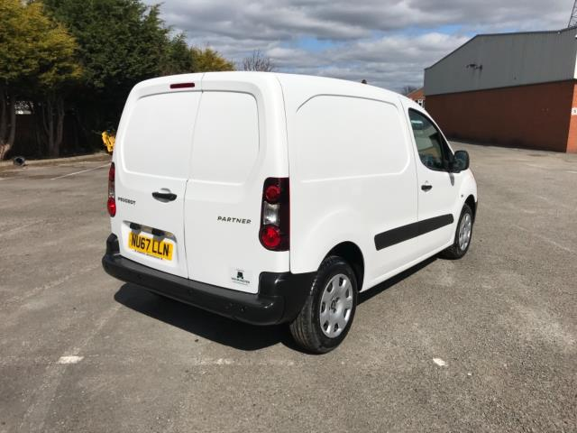 2017 Peugeot Partner 850 1.6 Bluehdi 100 Professional Van [Non Ss] Euro 6 (Speed Limited To 70MPH) (NU67LLN) Image 7