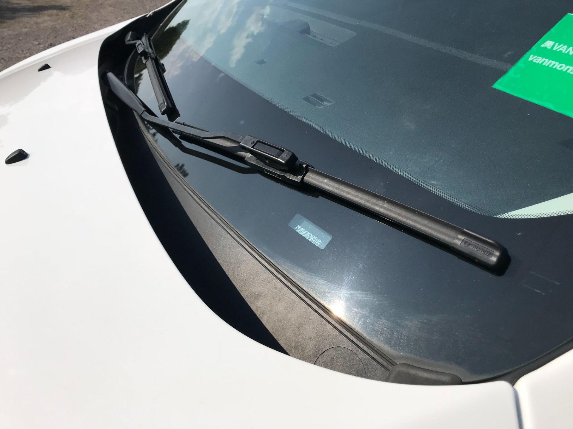2017 Peugeot Expert  STANDARD 1000 1.6 BLUEHDI 95 S EURO 6 (NU67MFK) Image 40